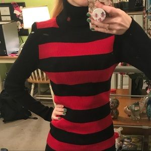 RALPH LAUREN Black and Red Turtleneck Size Small